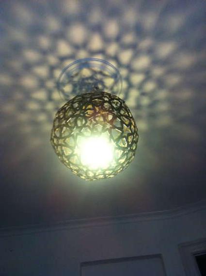 Como hacer una lampara de techo manualidades - Hacer lamparas de techo caseras ...