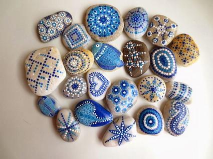 Dise os de piedras pintadas manualidades for Tecnica para pintar piedras