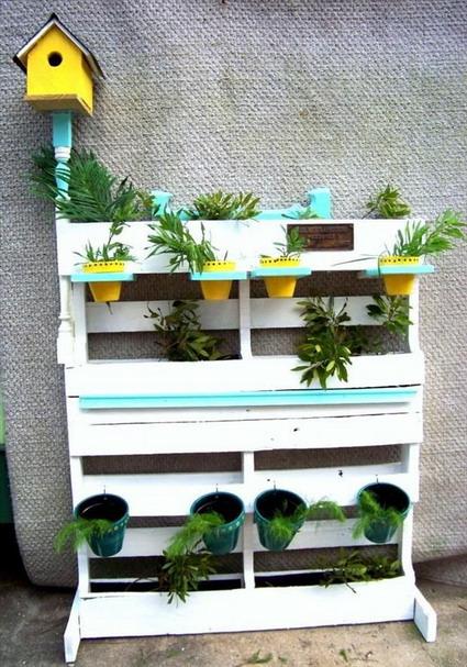 Econom a y decoraci n con palets manualidades for Decoracion jardin con palets