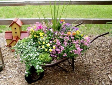 Reciclados dise os manualidades for Manualidades de jardineria