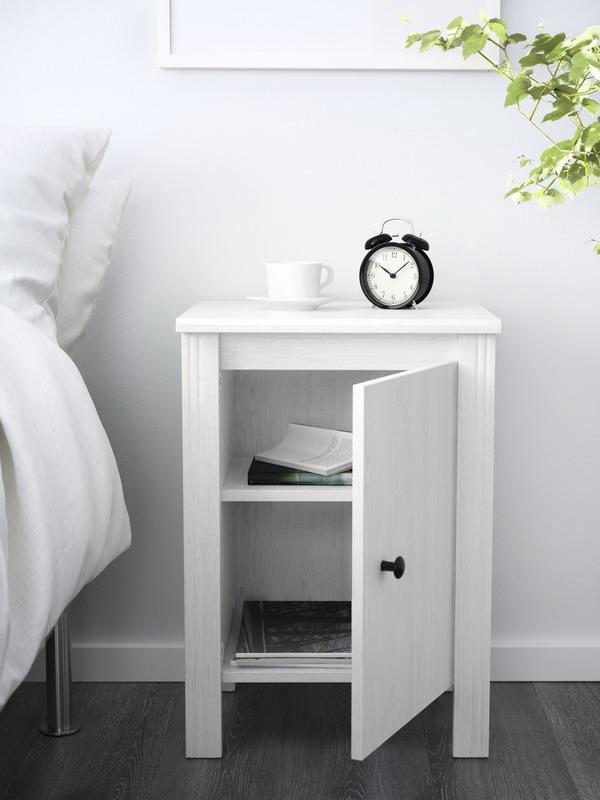 Mesilla de noche IKEA