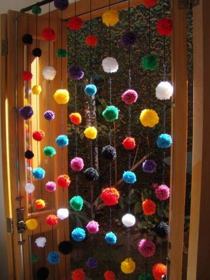 cortina pompones2