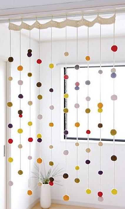 cortina pompones3